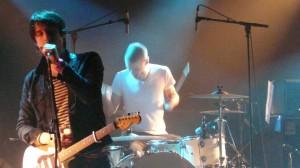 Le chanteur et le batteur de Déportivo